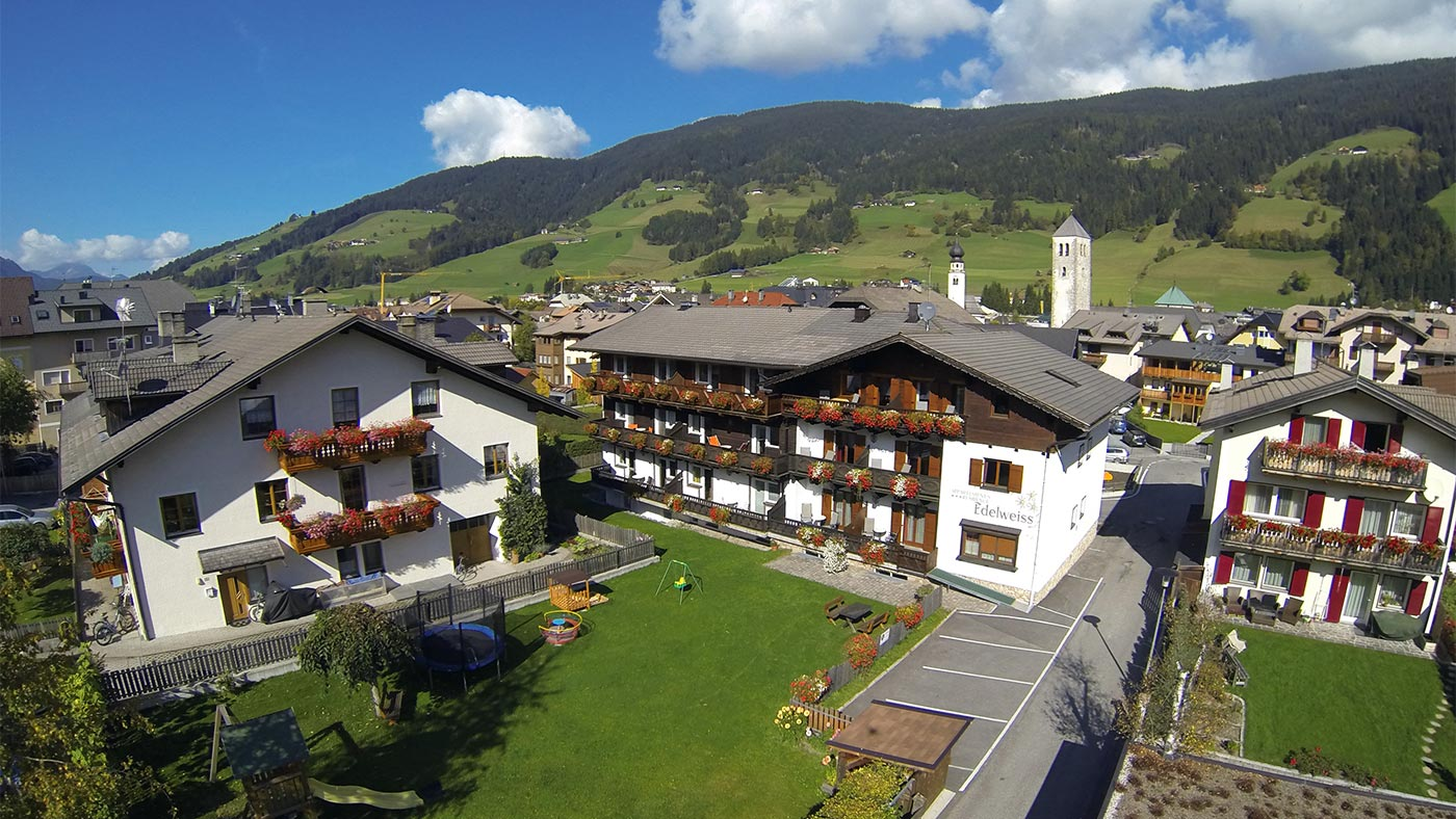 The building of Residence Edelweiss in San Candido